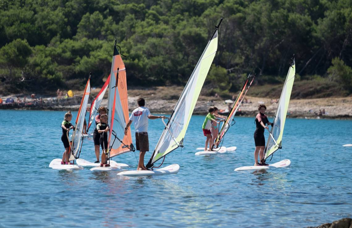 Windsurfing test course